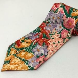 Liberty of London Tana Lawn Floral Design Neck Tie
